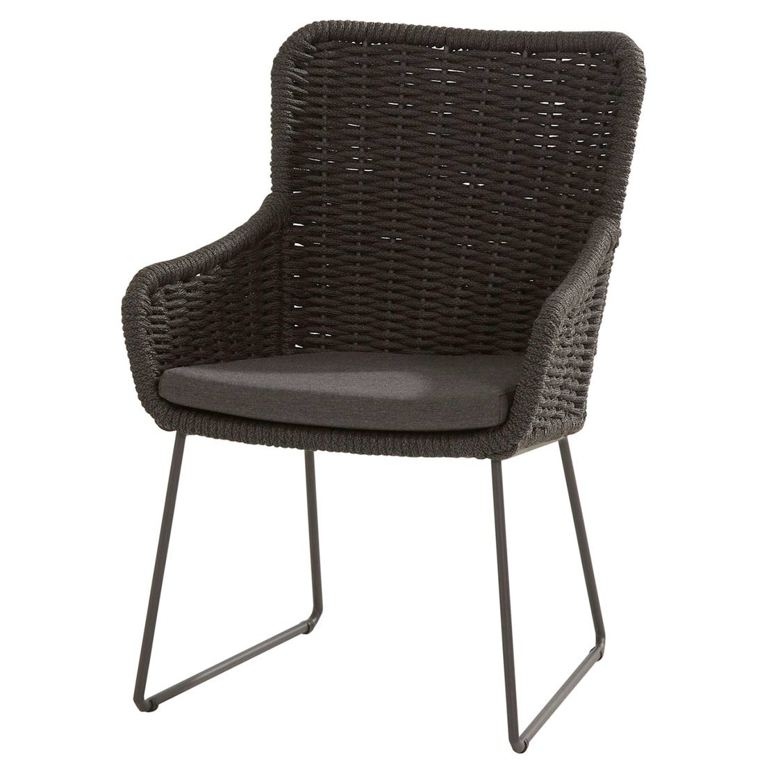 Wing dining chair with cushion