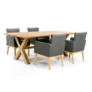 Houten tuintafel met outdoor textiel stoelen