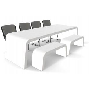 Witte betonlook tuintafel met twee banken en stoelen