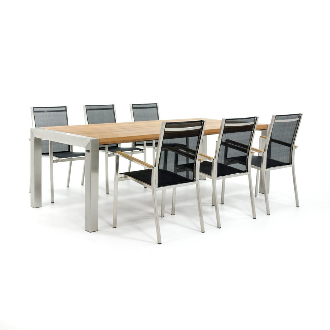 Houten tafelblad met RVS onderstel en stoelen