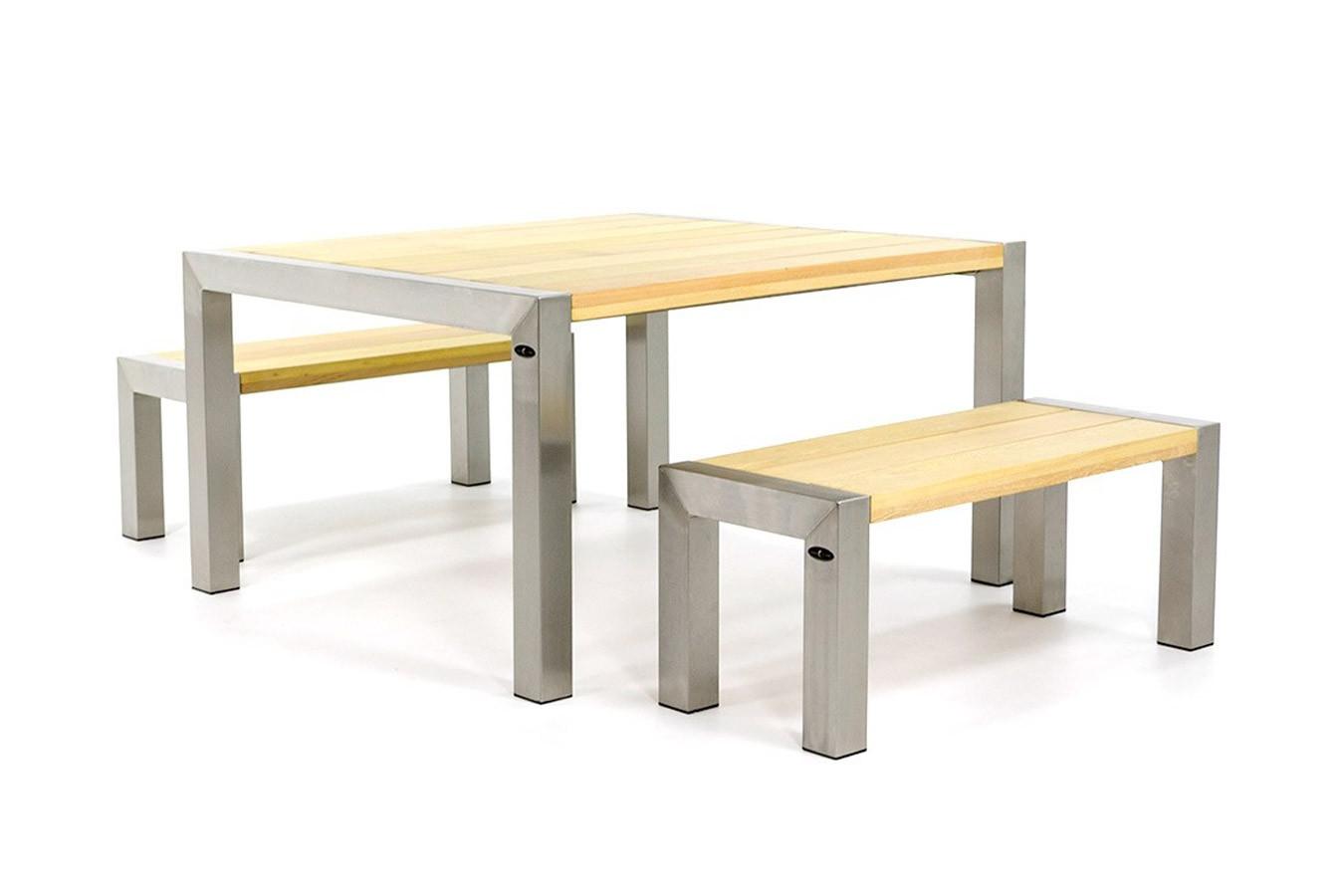 RVS Tuintafel en banken met houten blad