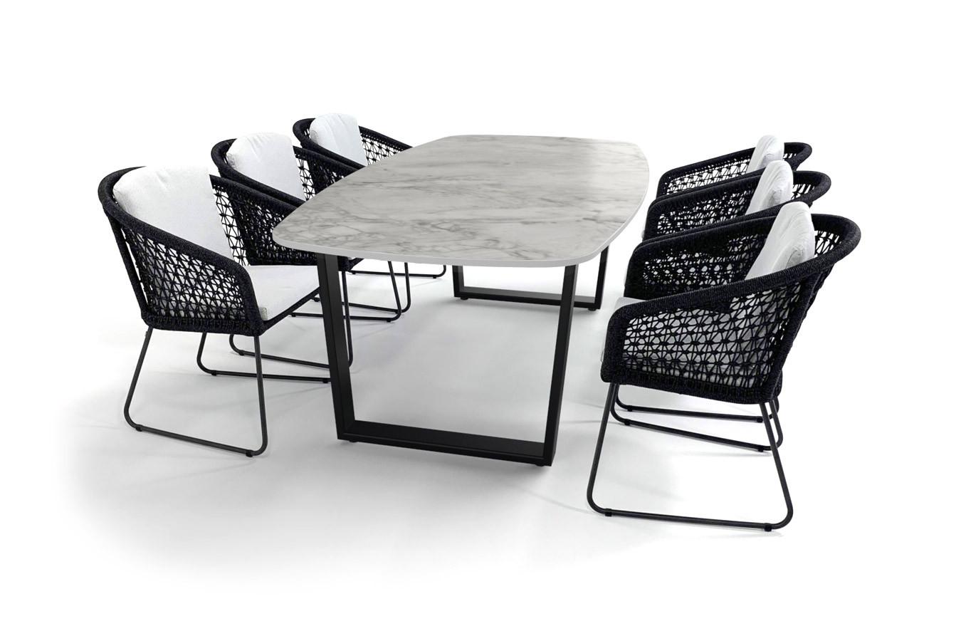 Dekton Portum tuintafel met zwart gecoat Savona onderstel en Mila dining stoelen